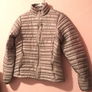Women's Patagonia 'Ultralight' Down Puff Jacket S